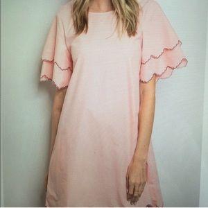 Light pink scalloped Dress 💗